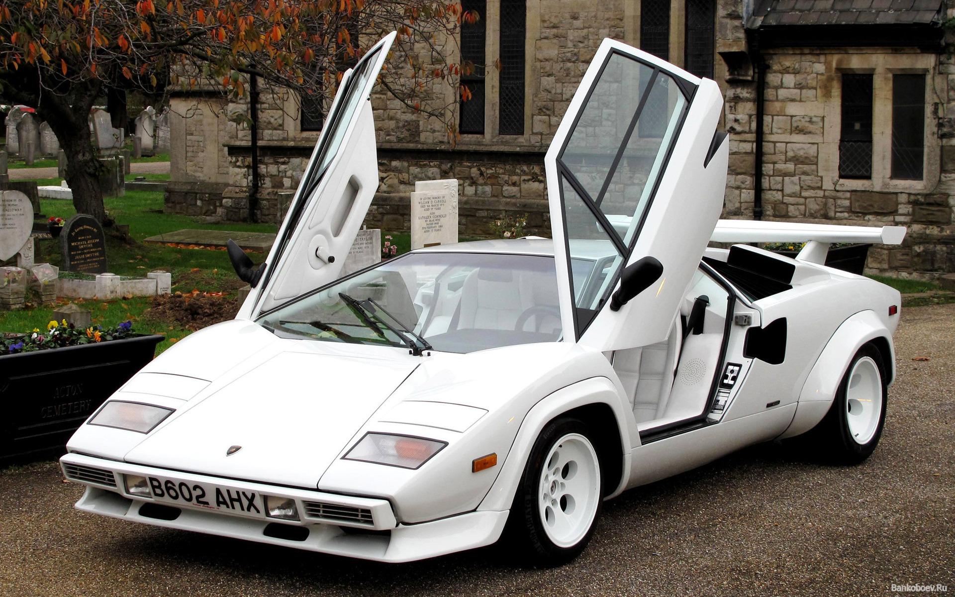 The Lamborghini Countach The Road